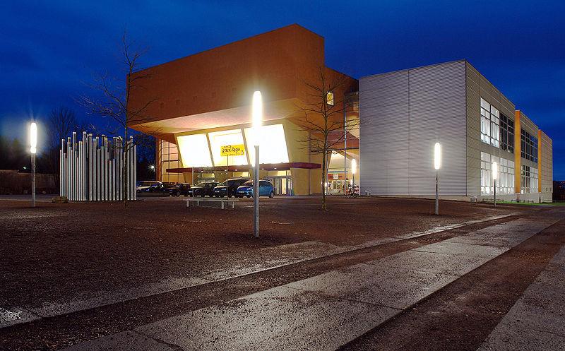 Veranstaltungsort: TU Chemnitz, Gebäude an der Reichenhainer Straße 90 (Foto: Wikipedia/Kolossos, CC-BY-SA)